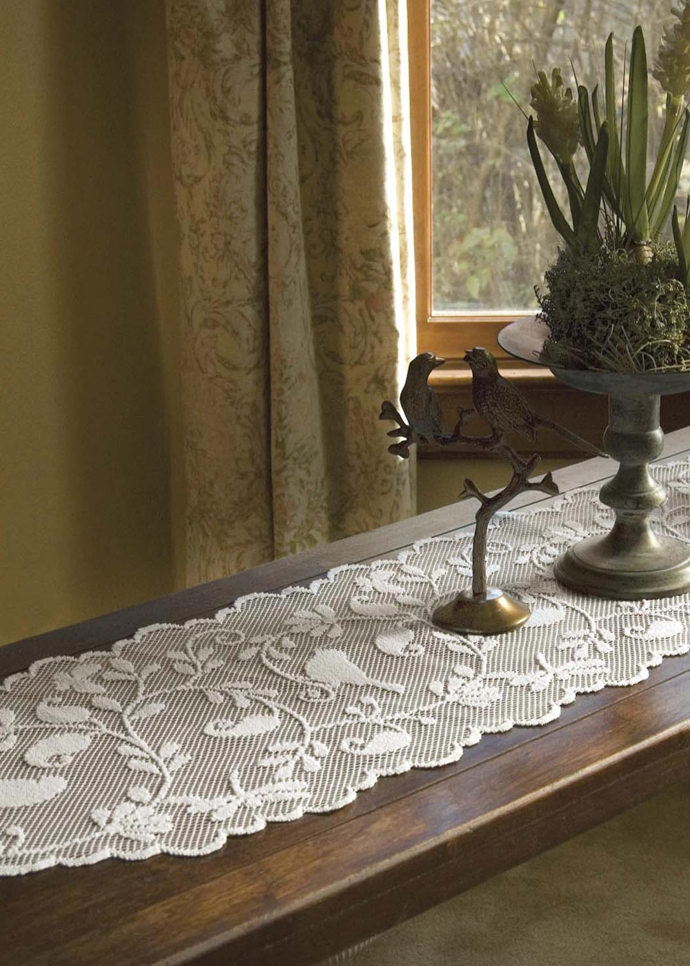 Beau Lace Table Runner Bird Song From Bristol Garden Collection Made In Usa    Heritage Lace